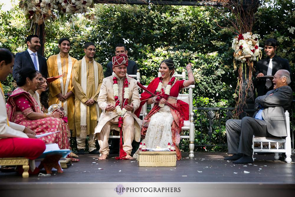 19-padua-hills-indian-wedding-photographer-baraat-wedding-ceremony-photos