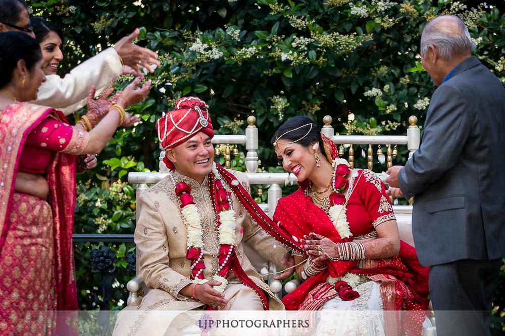 21-padua-hills-indian-wedding-photographer-baraat-wedding-ceremony-photos