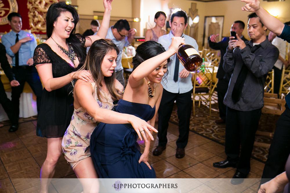 27-summit-house-wedding-photographer-wedding-reception-photos