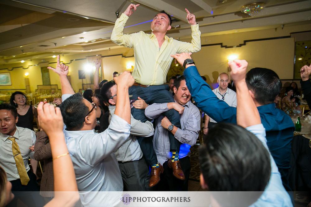 29-summit-house-wedding-photographer-wedding-reception-photos