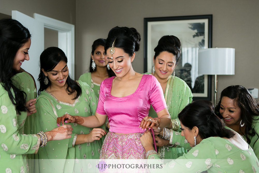 10-the-julia-morgan-ballroom-san-francisco-indian-wedding-photographer-getting-ready-photos