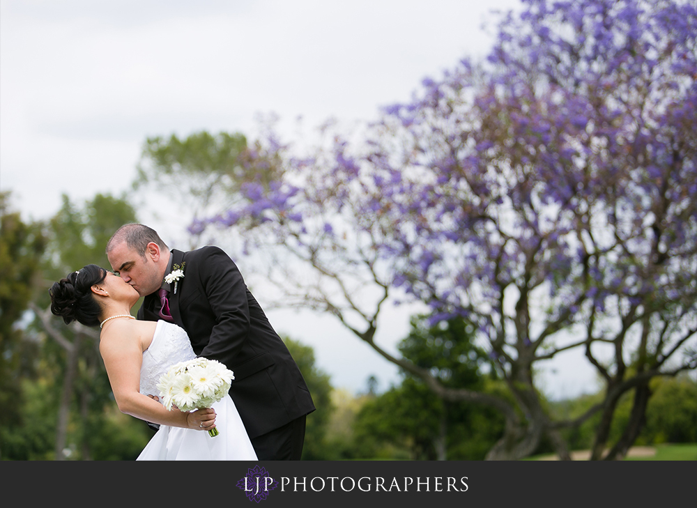 16-south-hills-country-club-wedding-photographer-couple-session-photos