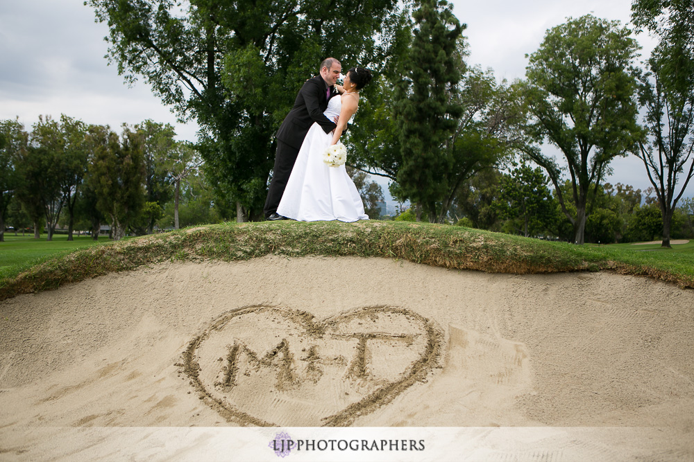 18-south-hills-country-club-wedding-photographer-couple-session-photos