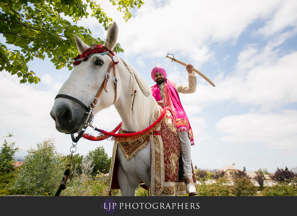 20-the-julia-morgan-ballroom-san-francisco-indian-wedding-photographer-baraat-wedding-ceremony-photos