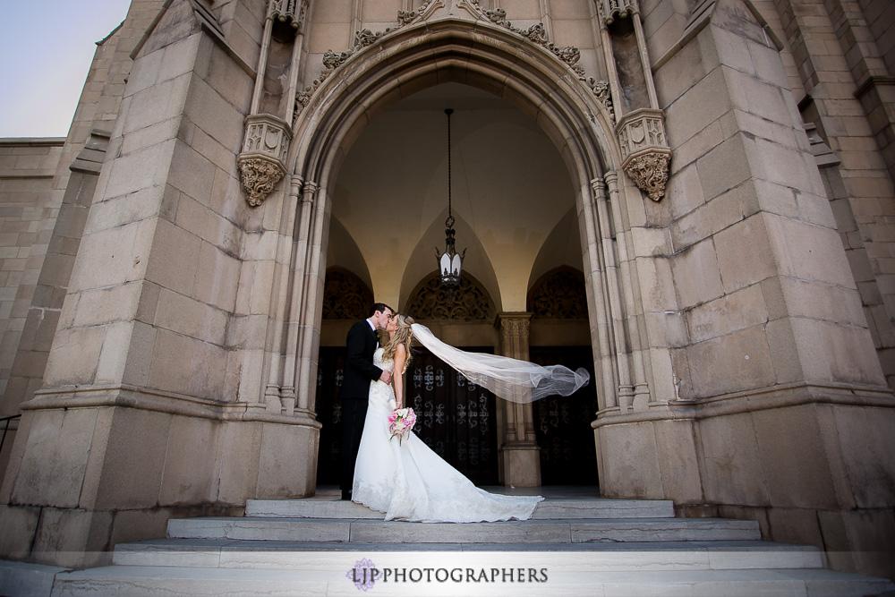 22-the-athenaeum-pasadena-wedding-photographer-couple-session
