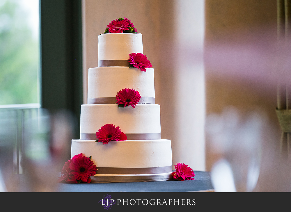24-south-hills-country-club-wedding-photographer-wedding-reception-photos