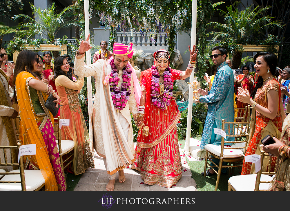 25-the-ritz-carlton-marina-del-rey-indian-wedding-photographer-wedding-ceremony-photos
