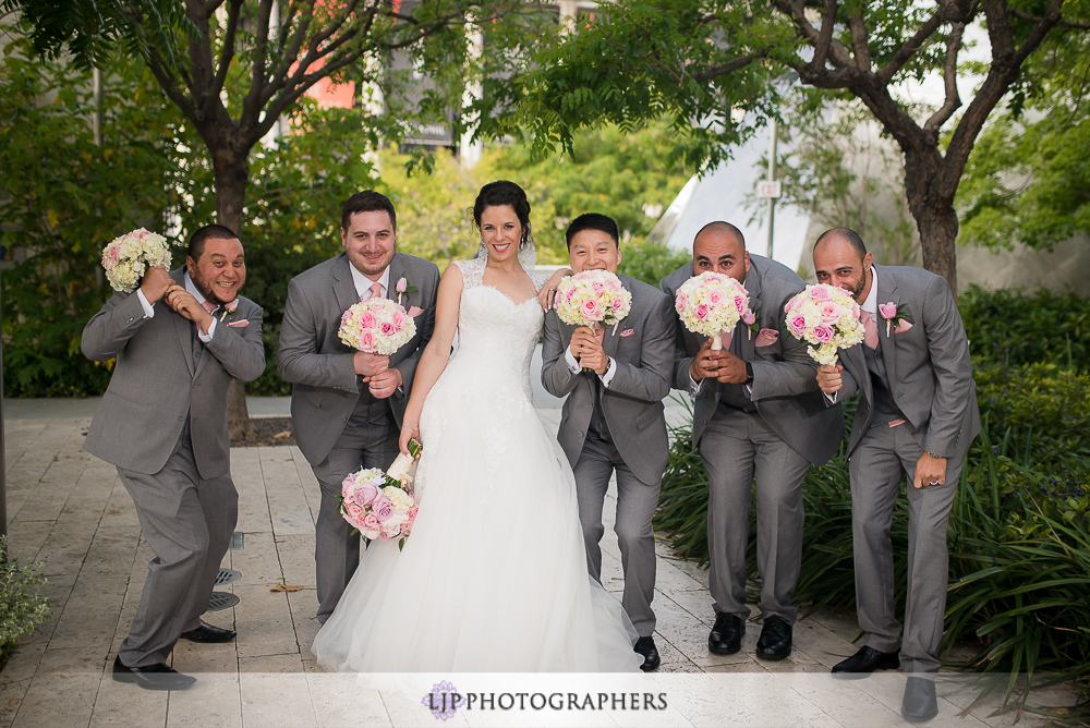 25-walt-disney-concert-hall-wedding-party-couple-session-photos
