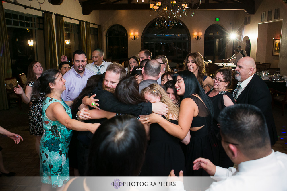 36-south-hills-country-club-wedding-photographer-wedding-reception-photos