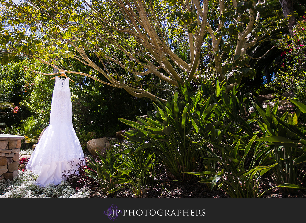 02-grand-tradition-estate-and-gardens-wedding-photogrpaher-getting-ready-couple-session-photos