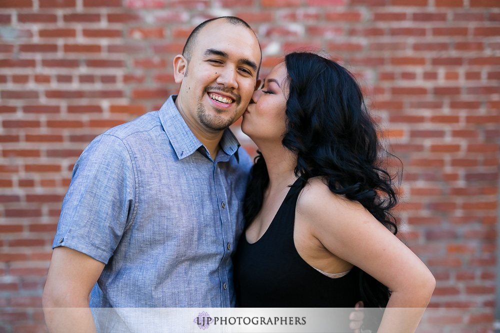 02-laguna-beach-engagement-photographer