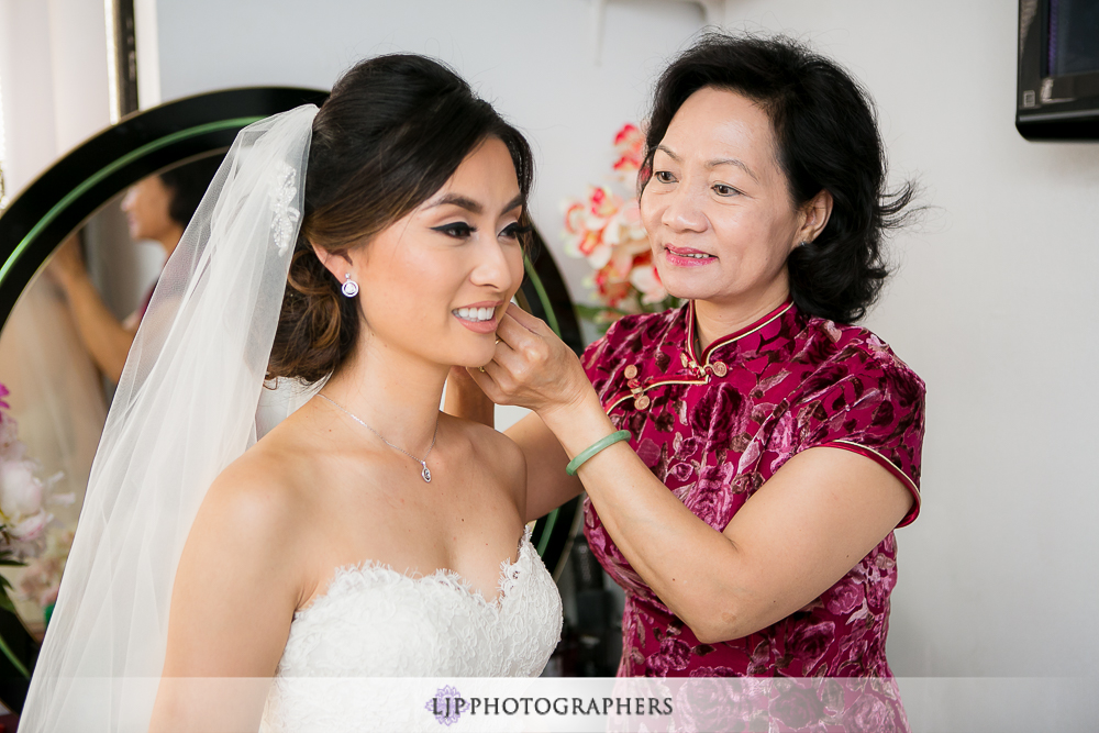 04-pasadena-wedding-photographer-getting-ready-photos