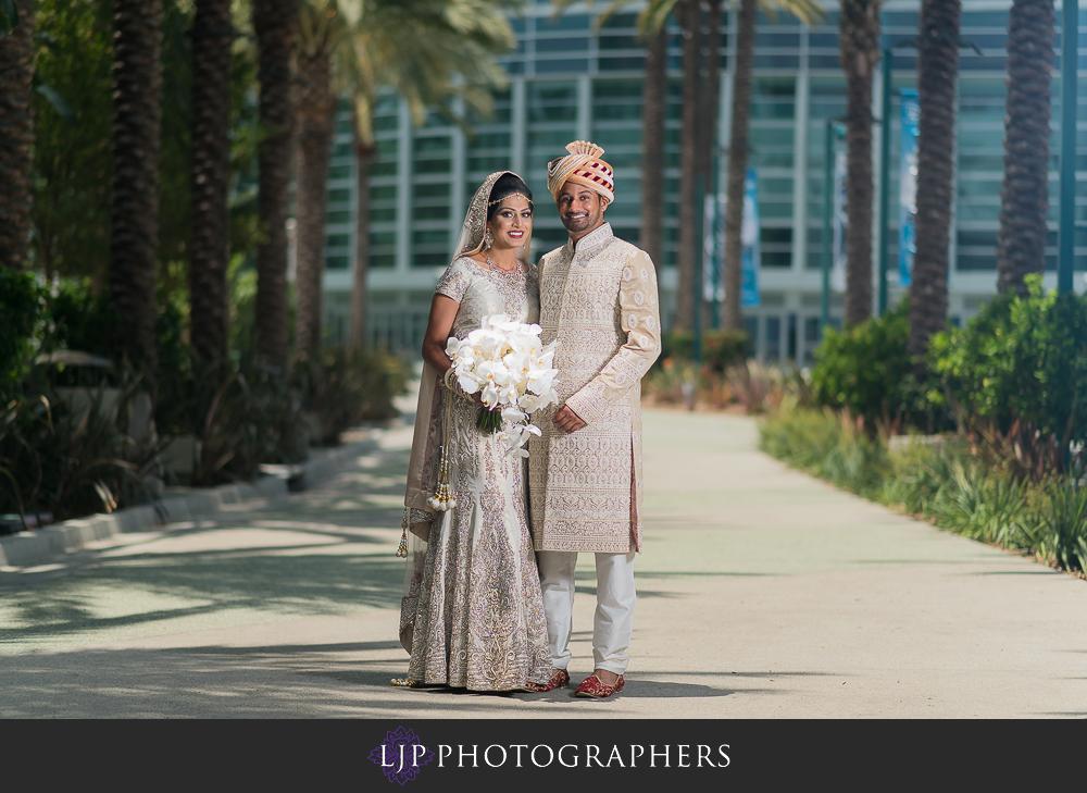 11-anaheim-marriott-indian-wedding-photographer-getting-ready-photos