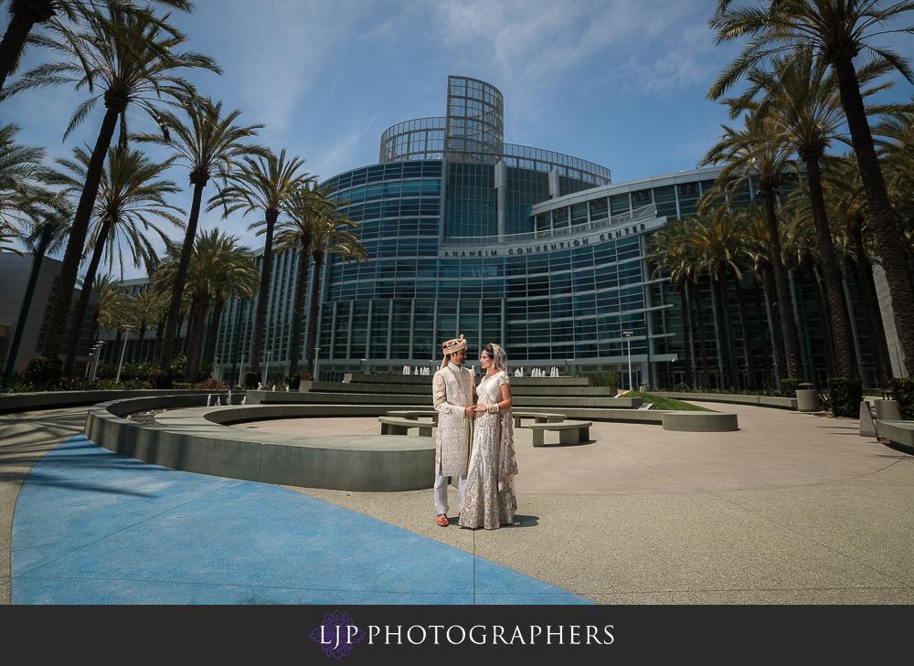 12-anaheim-marriott-indian-wedding-photographer-getting-ready-photos