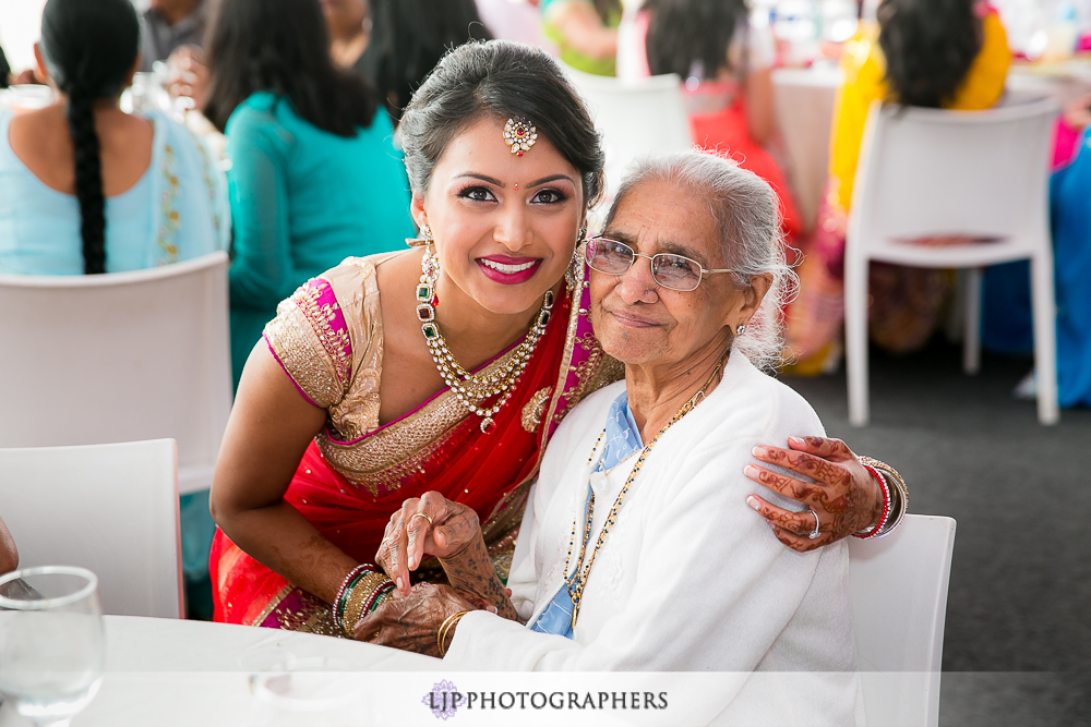 18-hotel-maya-pre-wedding-indian-photographer