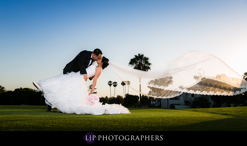 18-los-coyotes-country-club-wedding-photographer-wedding-ceremony-photos