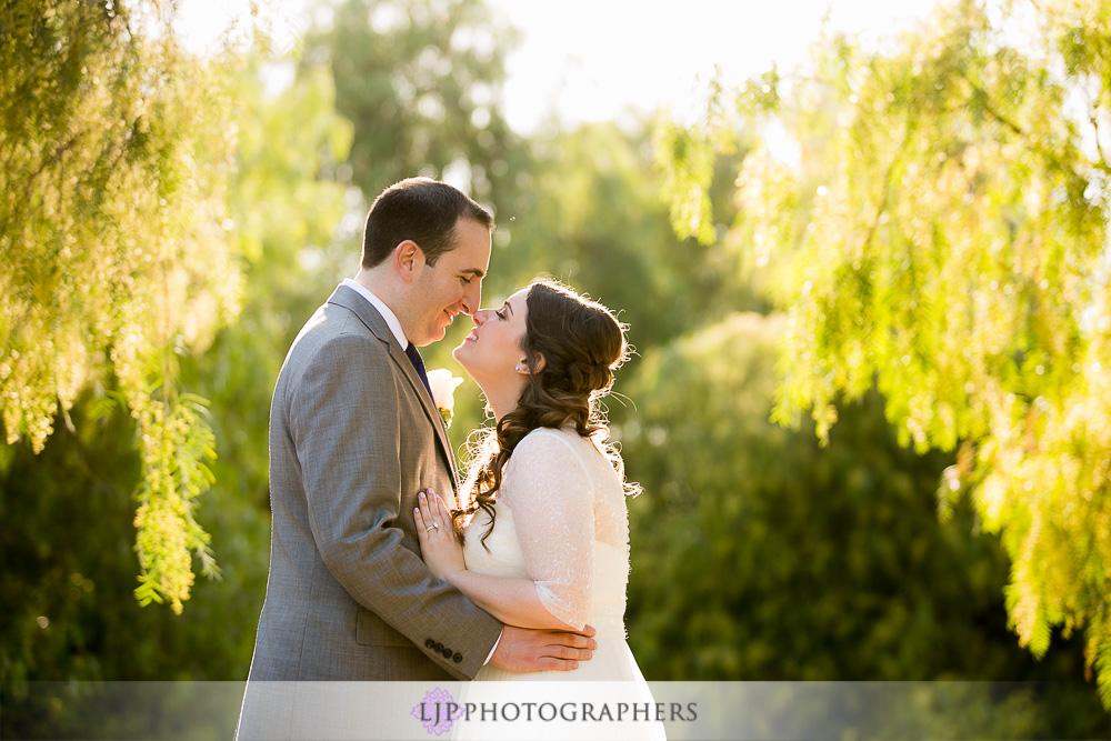 19-oak-creek-golf-club-wedding-photographer-couple-session-photos