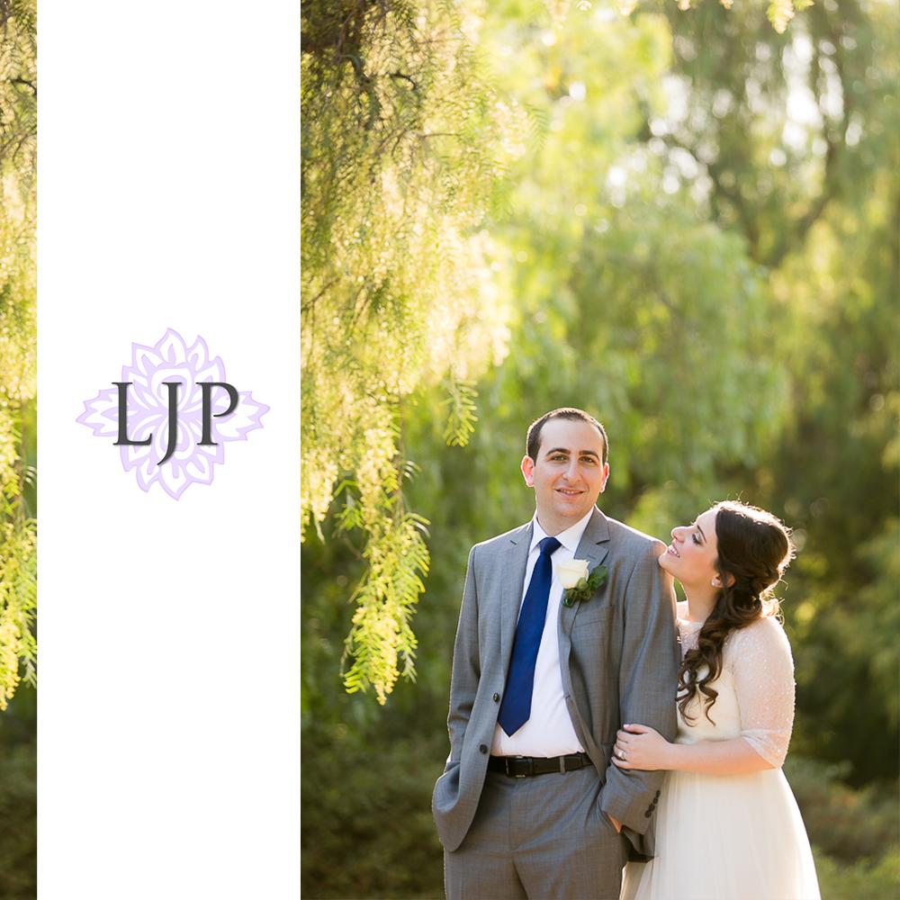 20-oak-creek-golf-club-wedding-photographer-couple-session-photos
