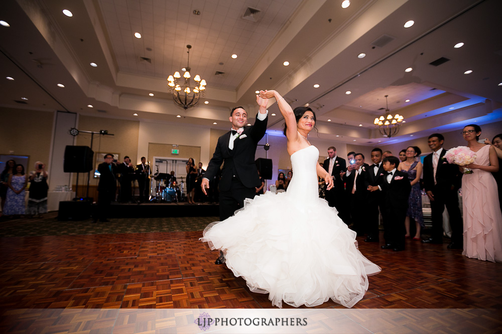 21-los-coyotes-country-club-wedding-photographer-wedding-reception-photos