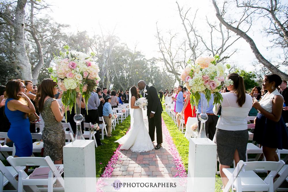 22-the-walnut-grove-wedding-photographer-wedding-ceremony-photos