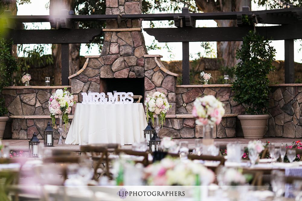 25-the-walnut-grove-wedding-photographer-wedding-reception-photos
