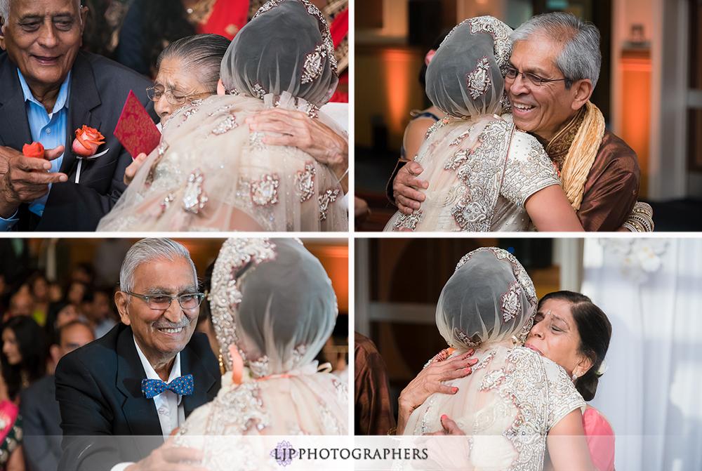 26-anaheim-marriott-indian-wedding-photographer-wedding-ceremony-photos