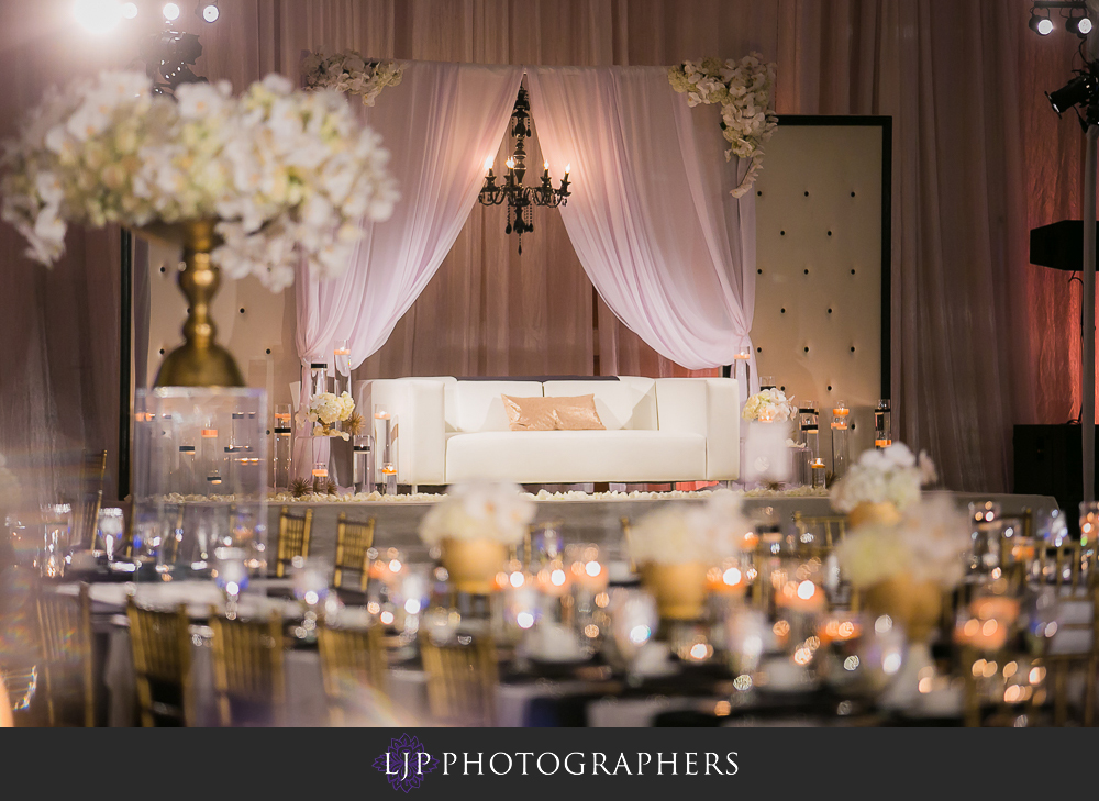 28-anaheim-marriott-indian-wedding-photographer-wedding-reception-photos