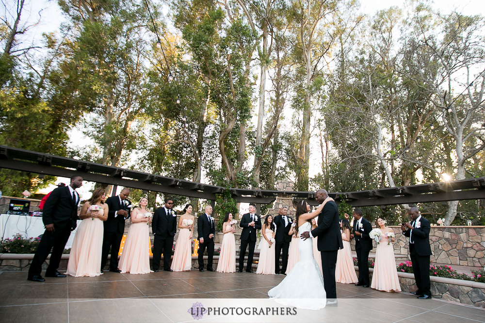 29-the-walnut-grove-wedding-photographer-wedding-reception-photos