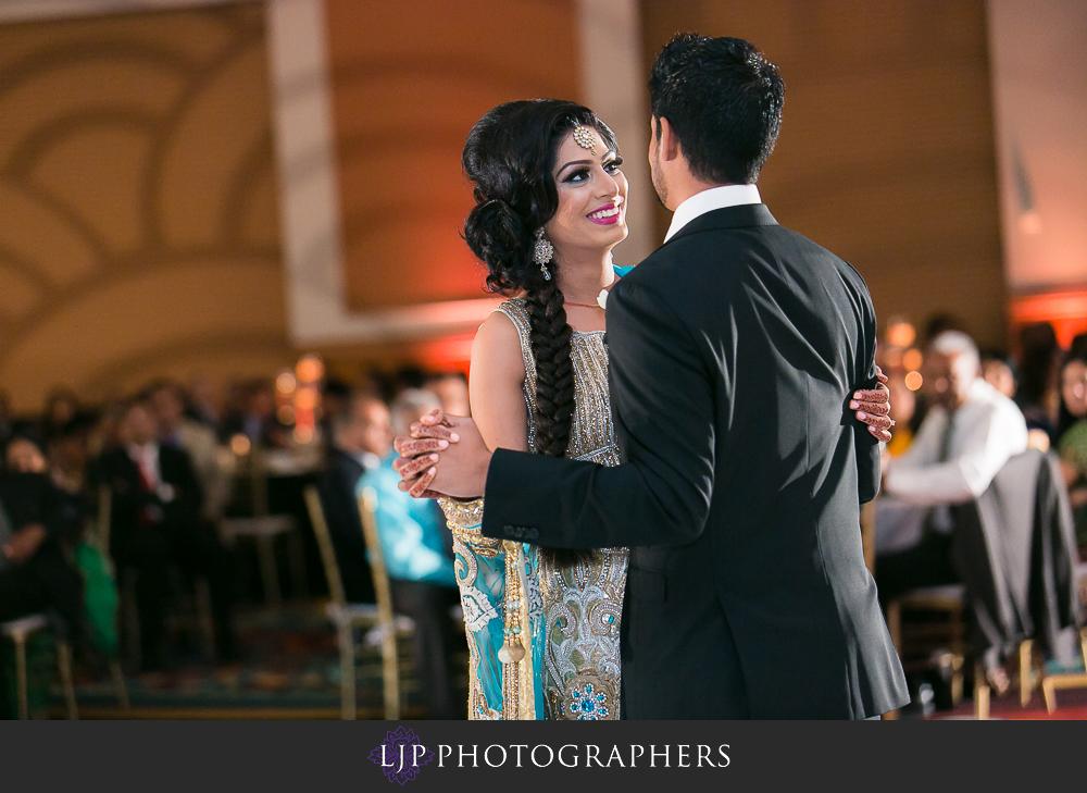 32-anaheim-marriott-indian-wedding-photographer-wedding-reception-photos