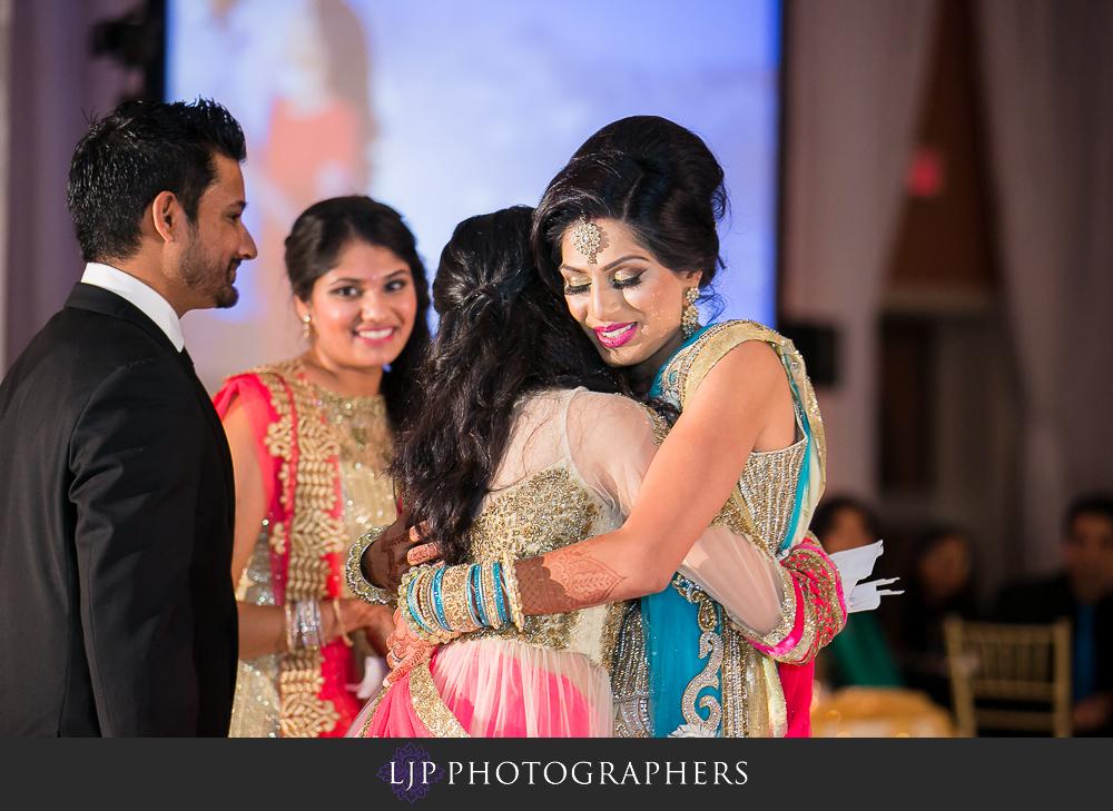 34-anaheim-marriott-indian-wedding-photographer-wedding-reception-photos