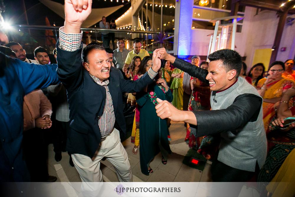 35-hotel-maya-pre-wedding-indian-photographer