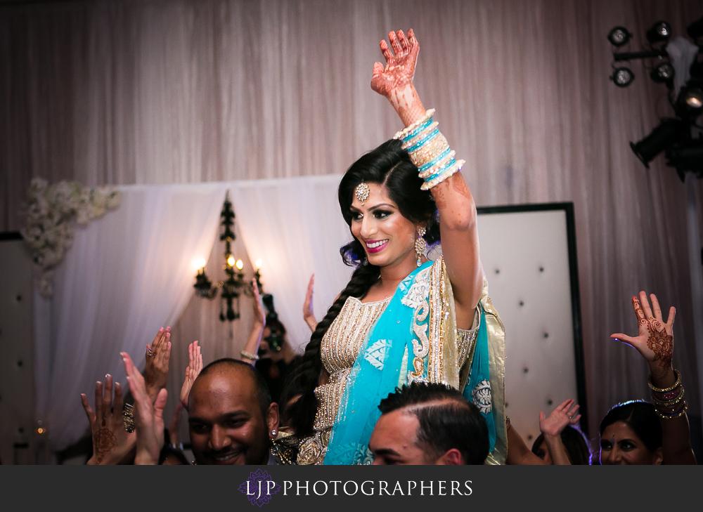 36-anaheim-marriott-indian-wedding-photographer-wedding-reception-photos