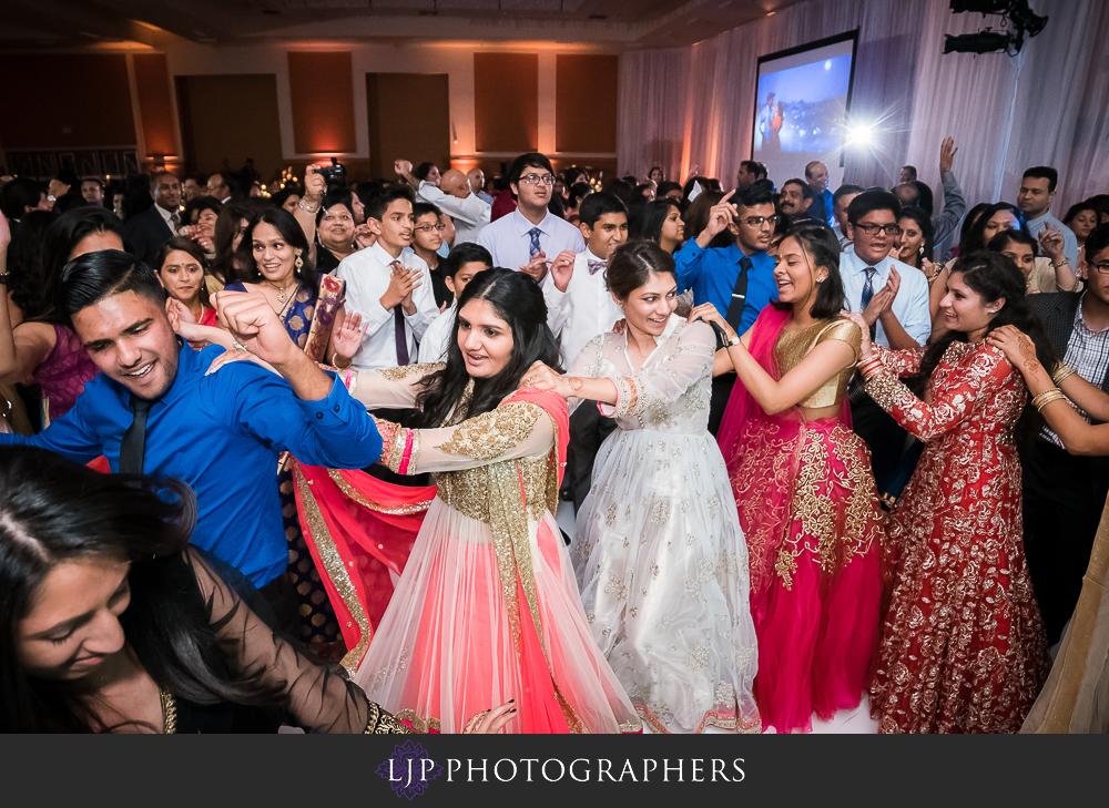 42-anaheim-marriott-indian-wedding-photographer-wedding-reception-photos