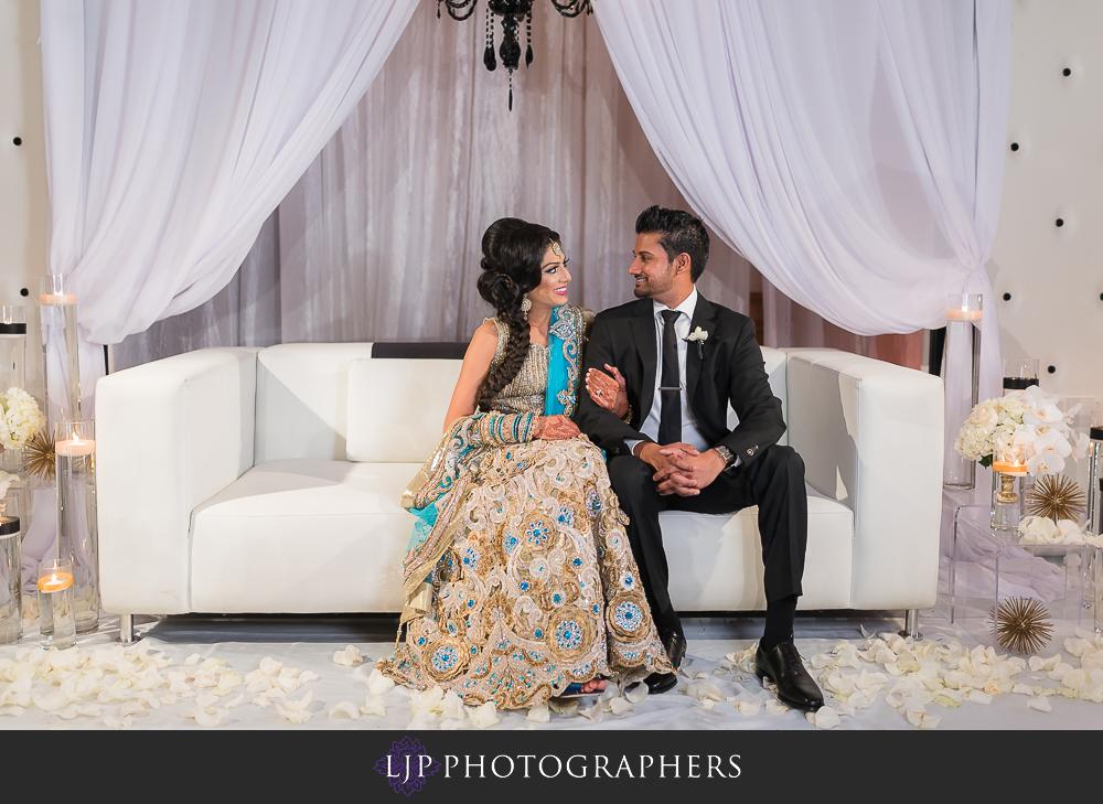 45-anaheim-marriott-indian-wedding-photographer-wedding-reception-photos
