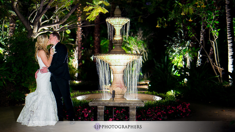 46-grand-tradition-estate-and-gardens-wedding-photogrpaher-wedding-reception-photos
