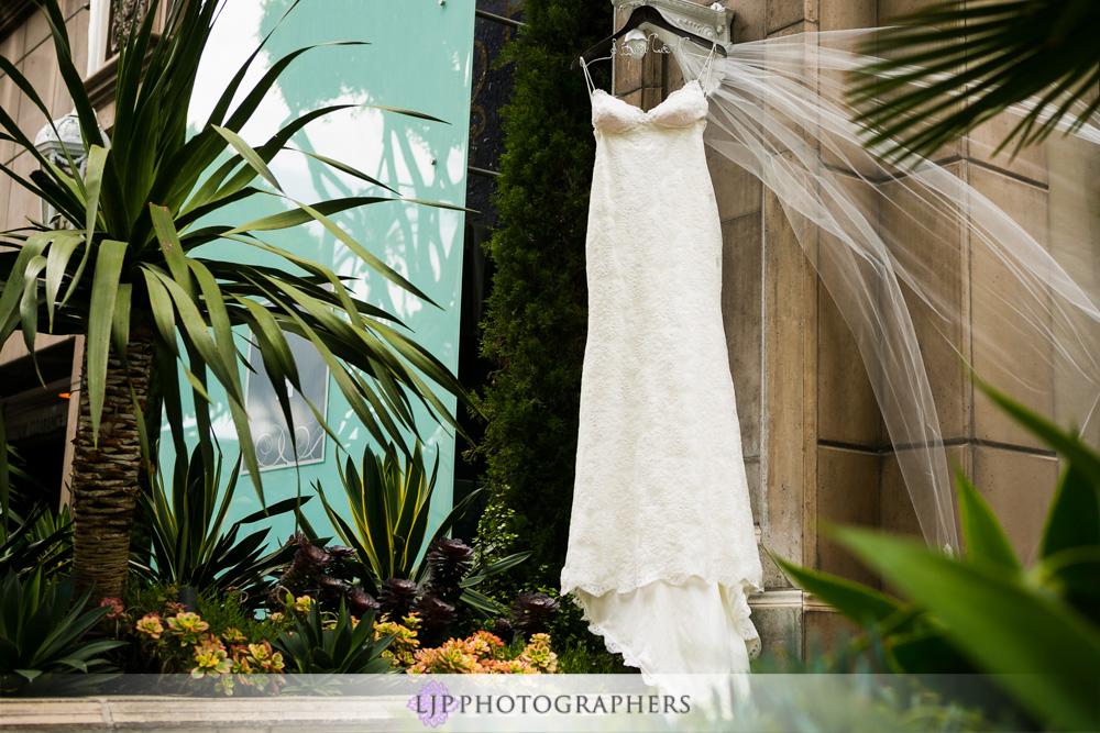 02-adamson-house-malibu-wedding-photographer-getting-ready-photos