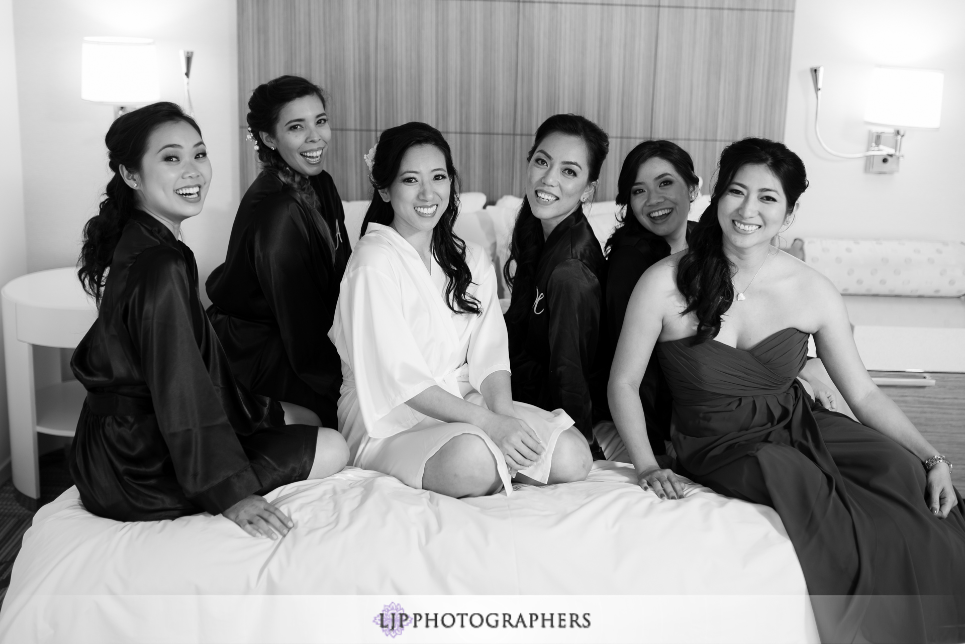 03-jw-marriott-los-angeles-wedding-photographer-getting-ready-photos