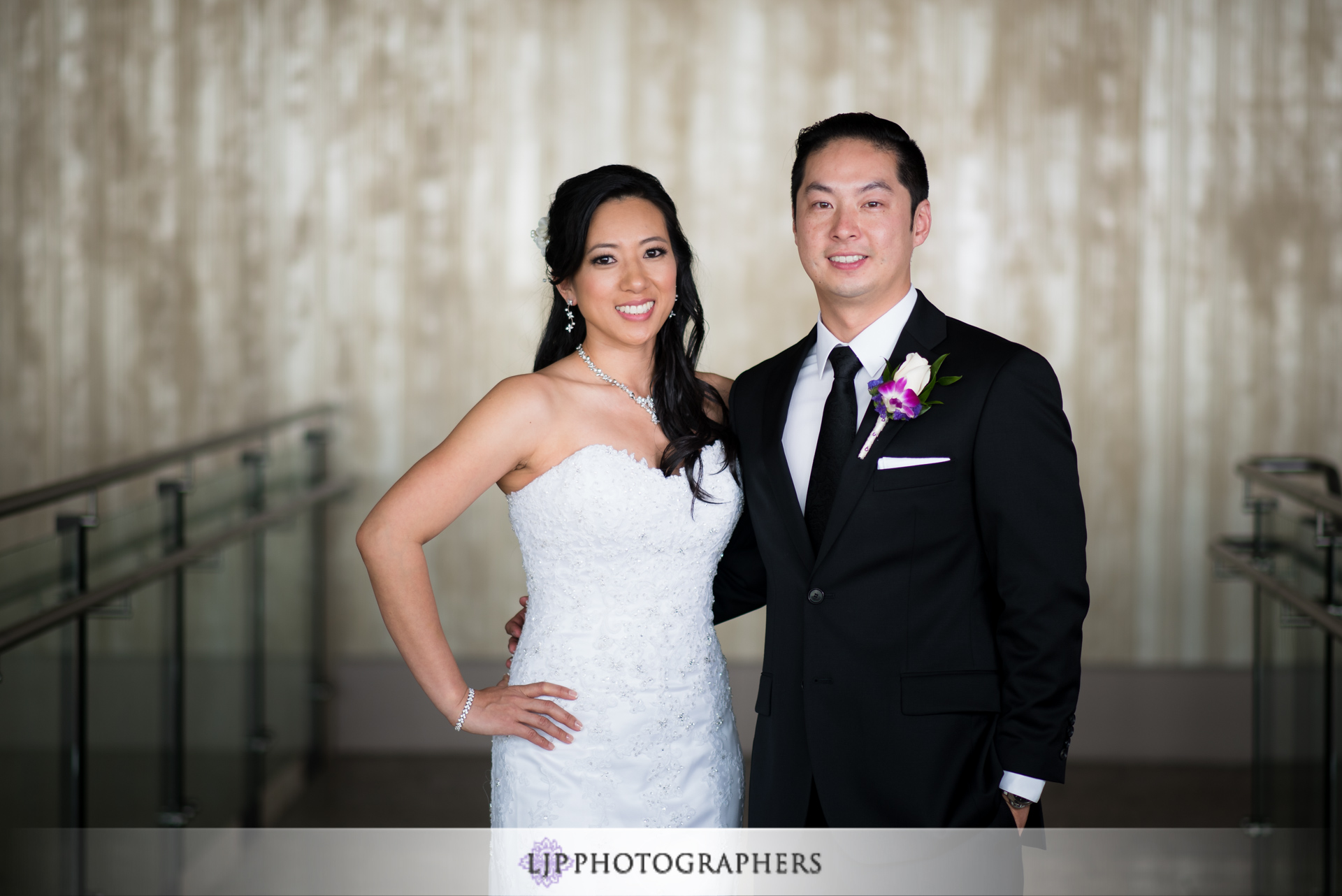 07-jw-marriott-los-angeles-wedding-photographer-first-look-wedding-party-couple-session-photos
