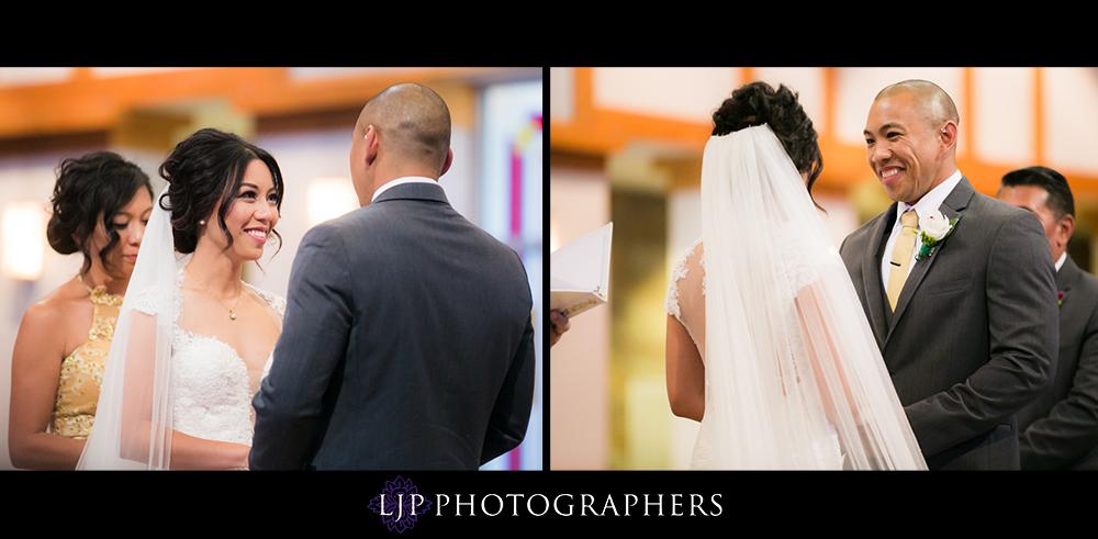 11-seven-degrees-laguna-beach-wedding-photographer-wedding-ceremony-photos