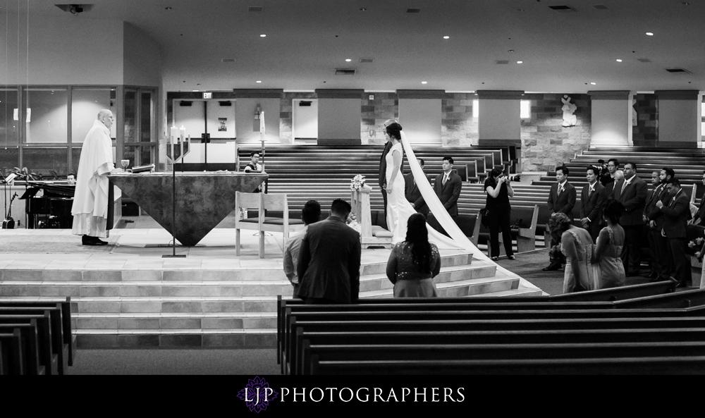 14-seven-degrees-laguna-beach-wedding-photographer-wedding-ceremony-photos