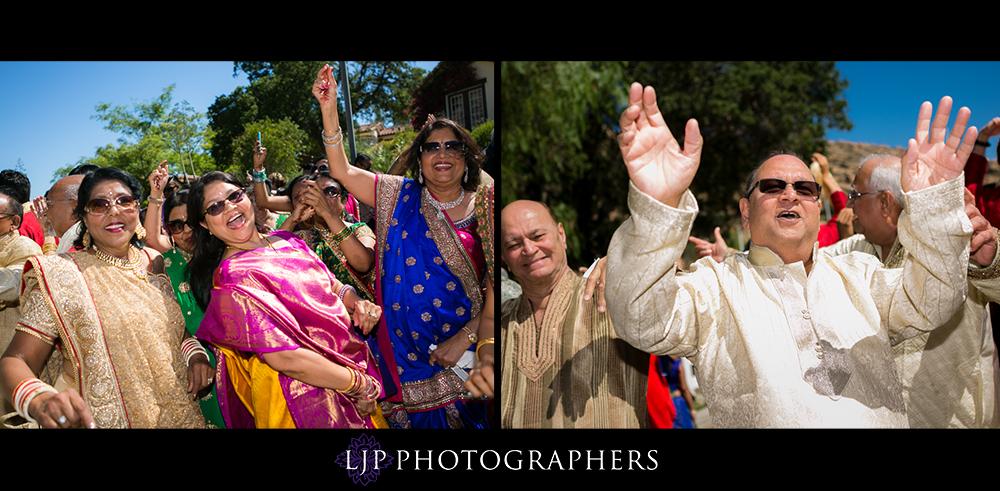 17-hummingbird-nest-ranch-indian-wedding-photographer-wedding-ceremony-photos