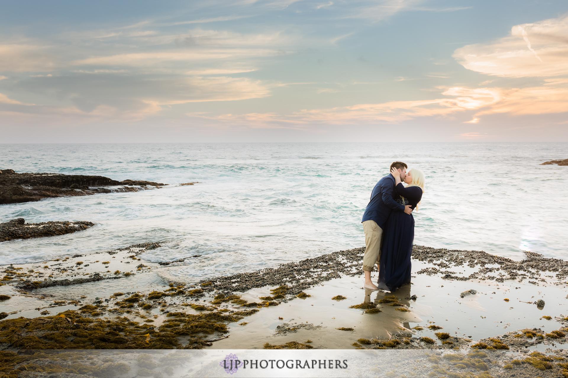 18-laguna-beach-engagement