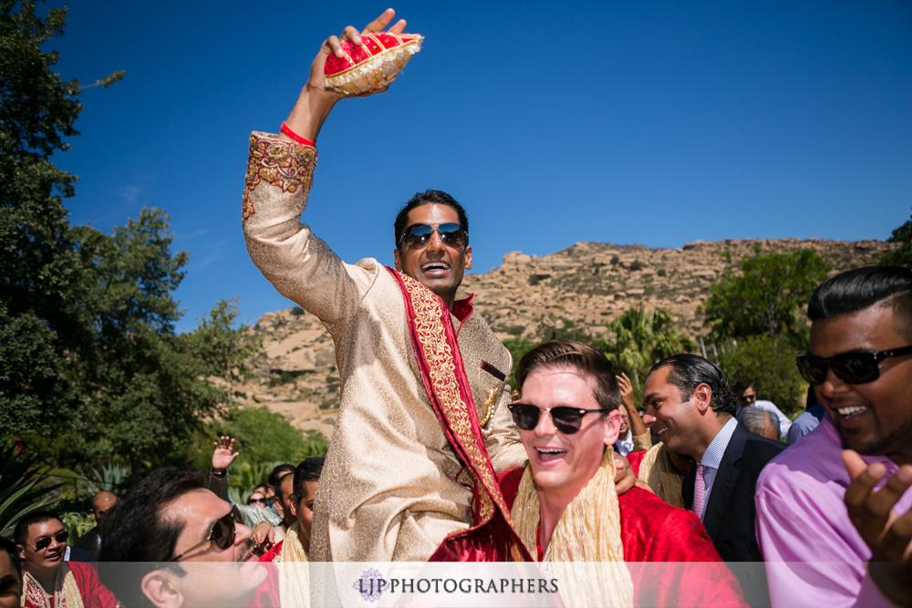 19-hummingbird-nest-ranch-indian-wedding-photographer-wedding-ceremony-photos