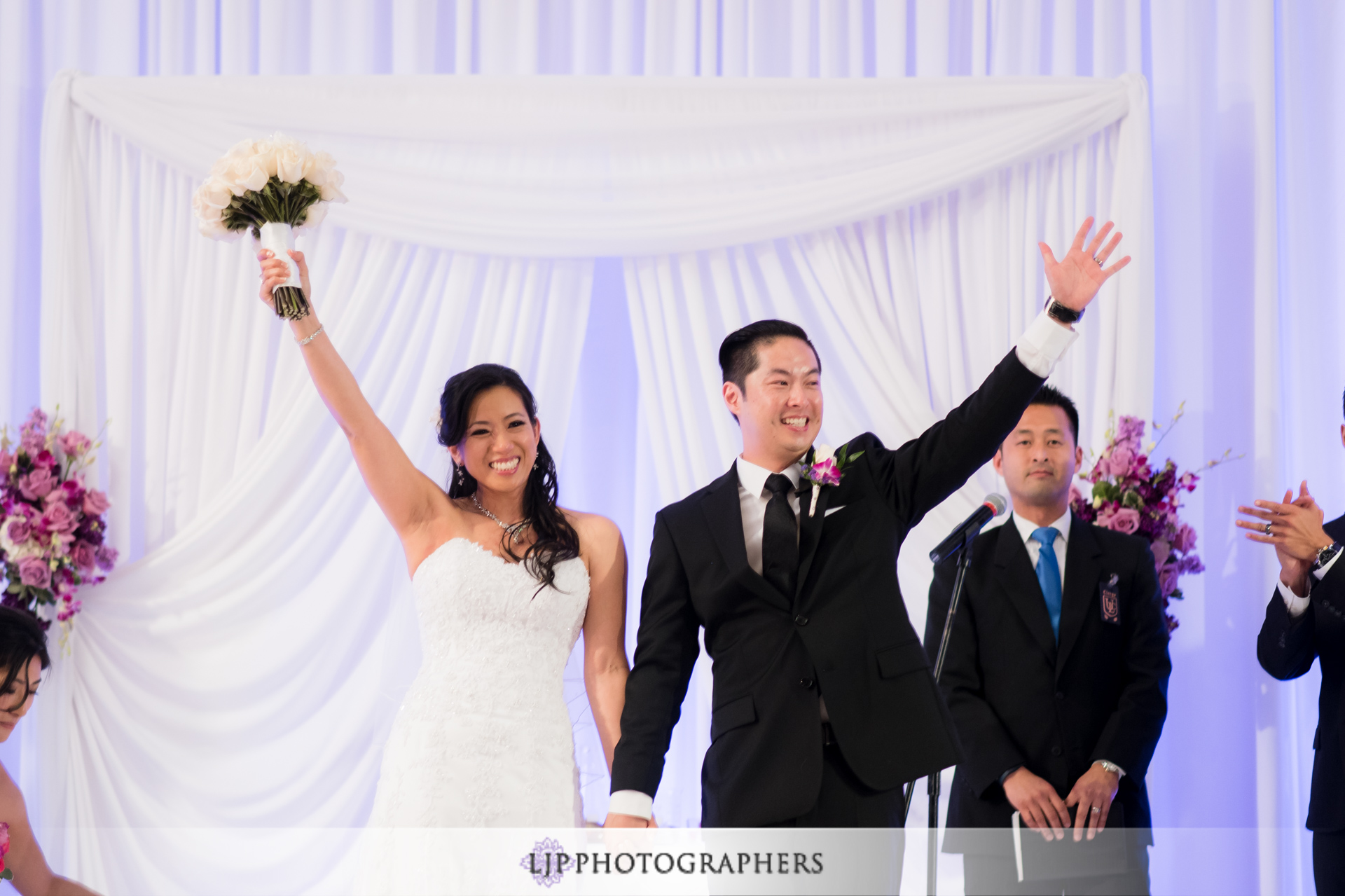 21-jw-marriott-los-angeles-wedding-photographer-wedding-ceremony-photos