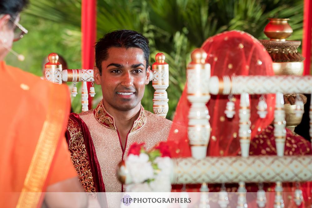22-hummingbird-nest-ranch-indian-wedding-photographer-wedding-ceremony-photos