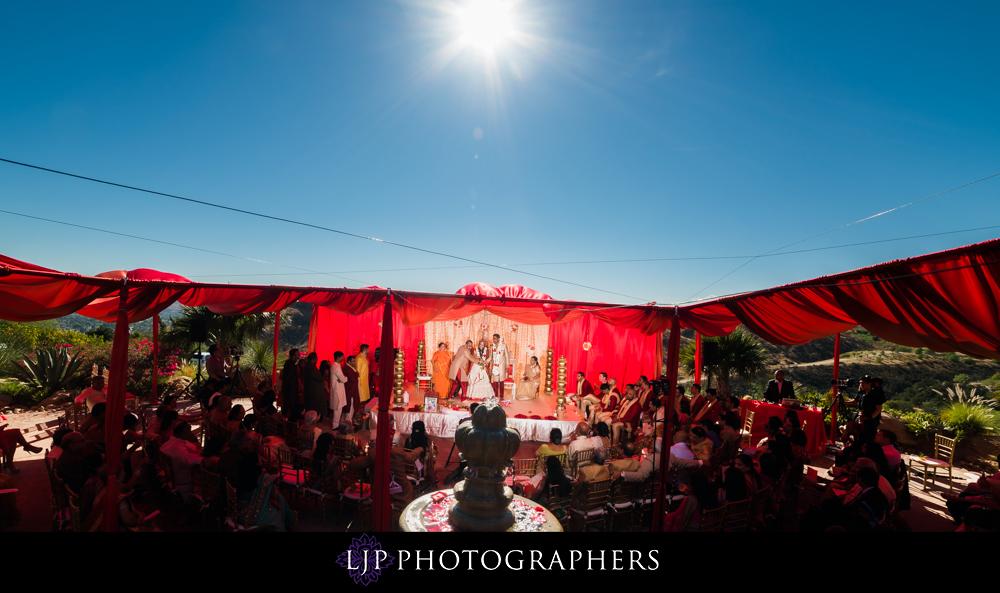 23-hummingbird-nest-ranch-indian-wedding-photographer-wedding-ceremony-photos