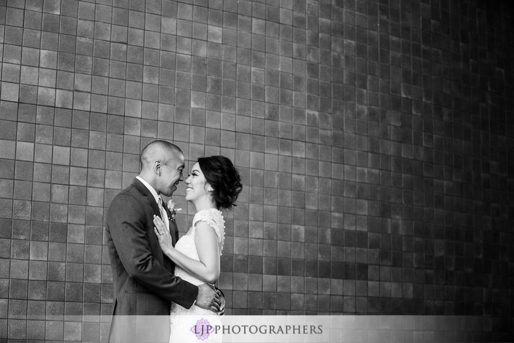 26-seven-degrees-laguna-beach-wedding-photographer-wedding-party-couple-session-photos