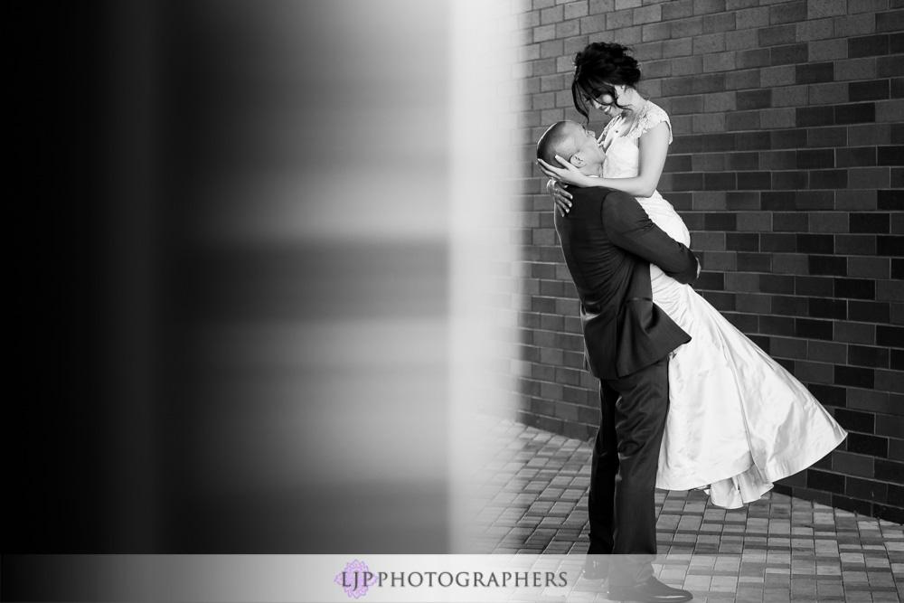 27-seven-degrees-laguna-beach-wedding-photographer-wedding-party-couple-session-photos