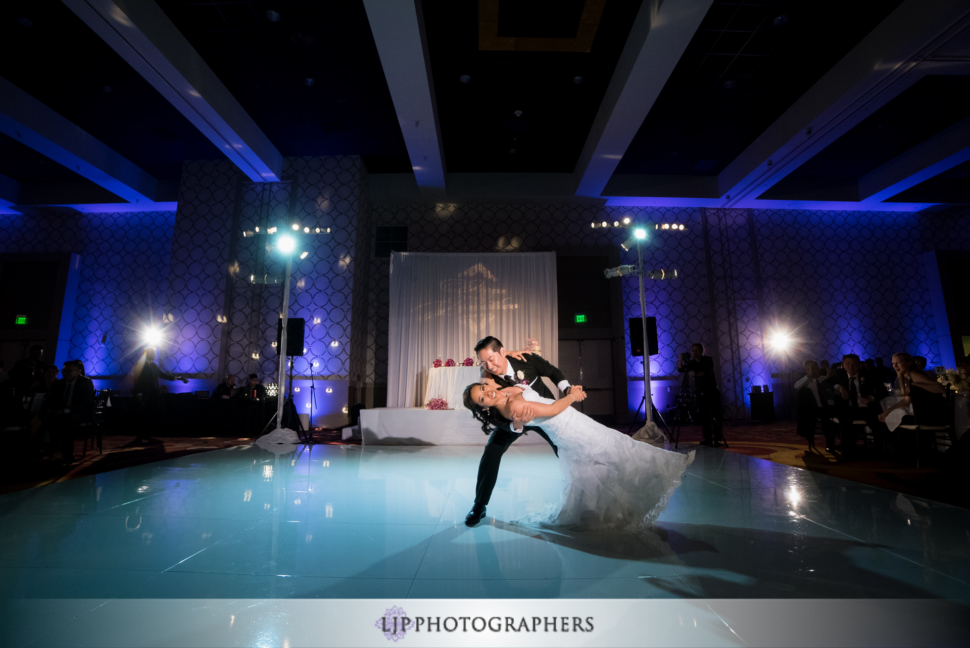28-jw-marriott-los-angeles-wedding-photographer-wedding-reception-photos