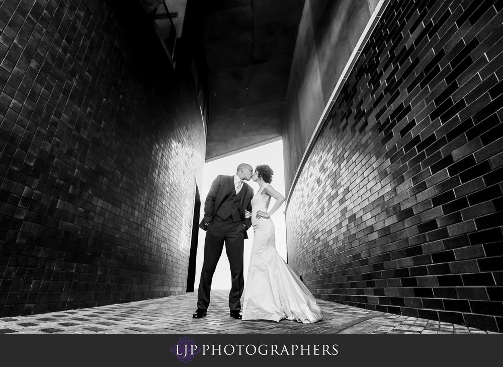 28-seven-degrees-laguna-beach-wedding-photographer-wedding-party-couple-session-photos